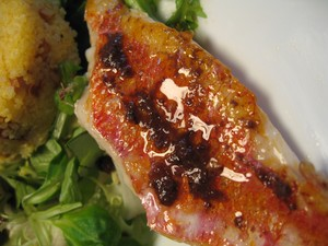 rouget_vinaigrette_tapenade_zoom