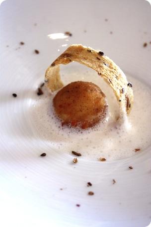 Munster boule, épices et écume coconut